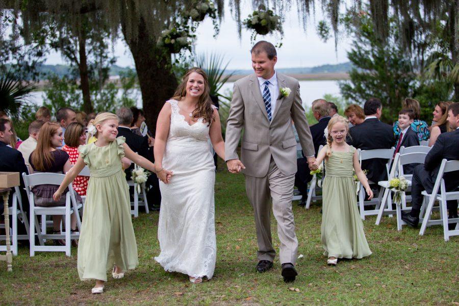 family on wedding day - Diane Dodd Photography - Savannah, Georgia