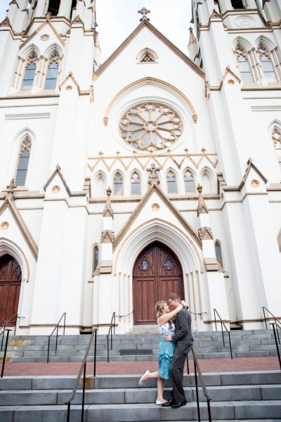 couple in front of cathedral - Diane Dodd Photography - Savannah, Georgia