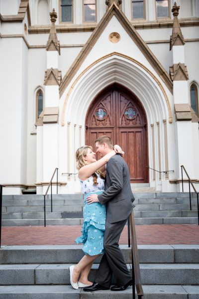 couple kissing - Diane Dodd Photography - Savannah, Georgia