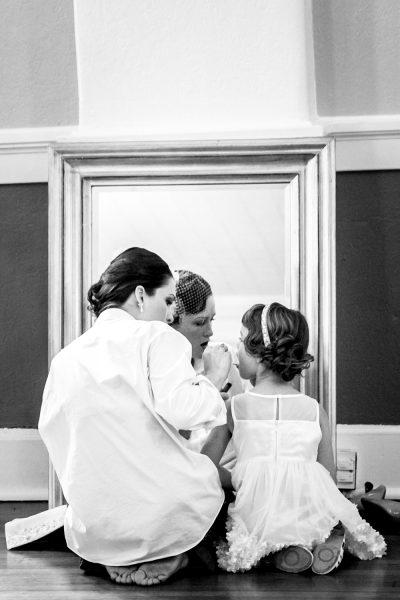 bride and flower girl - Diane Dodd Photography - Savannah, Georgia