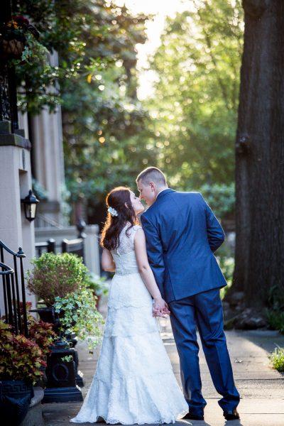 couple kissing - Diane Dodd Photography - Savannah, Georgia