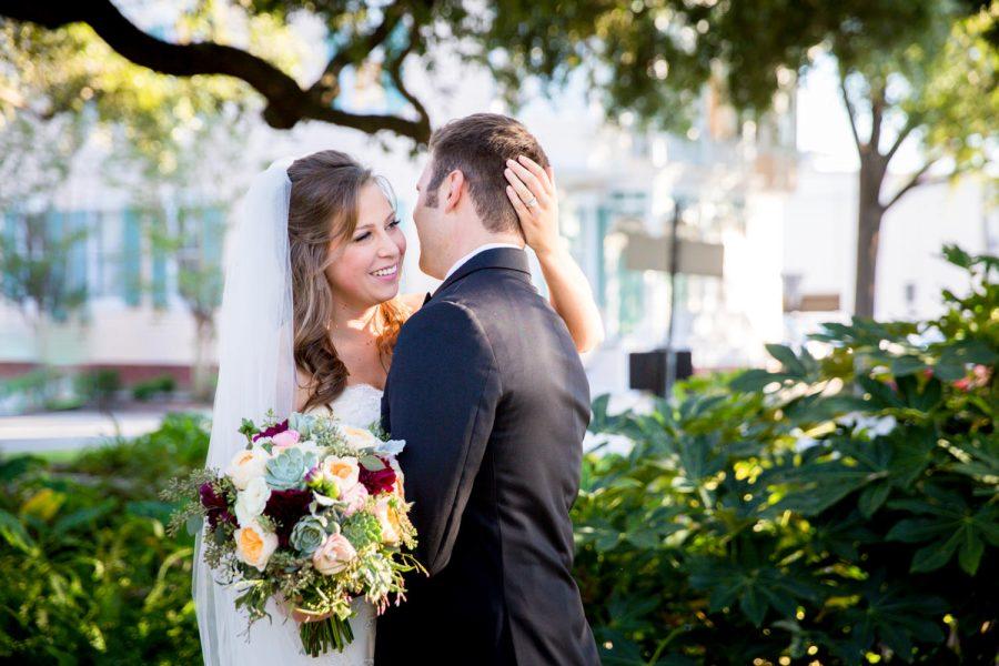 husband and wife on wedding day - diane dodd photgraphy - savannah, ga